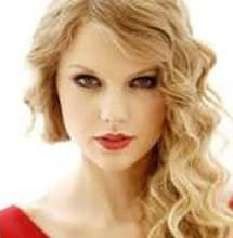 Taylor Swift receives an honorable award