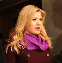 Kelly Clarkson Gives Update On Split With Hubby