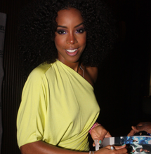 Kelly Rowland Announces Pregnancy