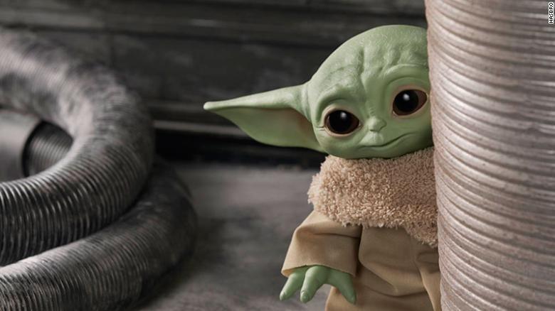 Baby Yoda en realidad no es un Yoda bebé, dice Jon Favreau