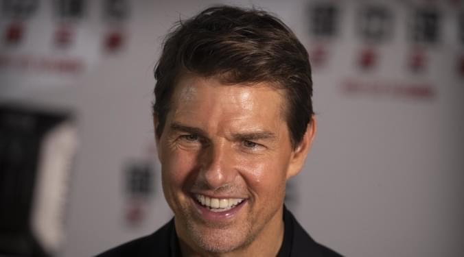 Top Gun sequel opening pushed back | Kevin Machado |