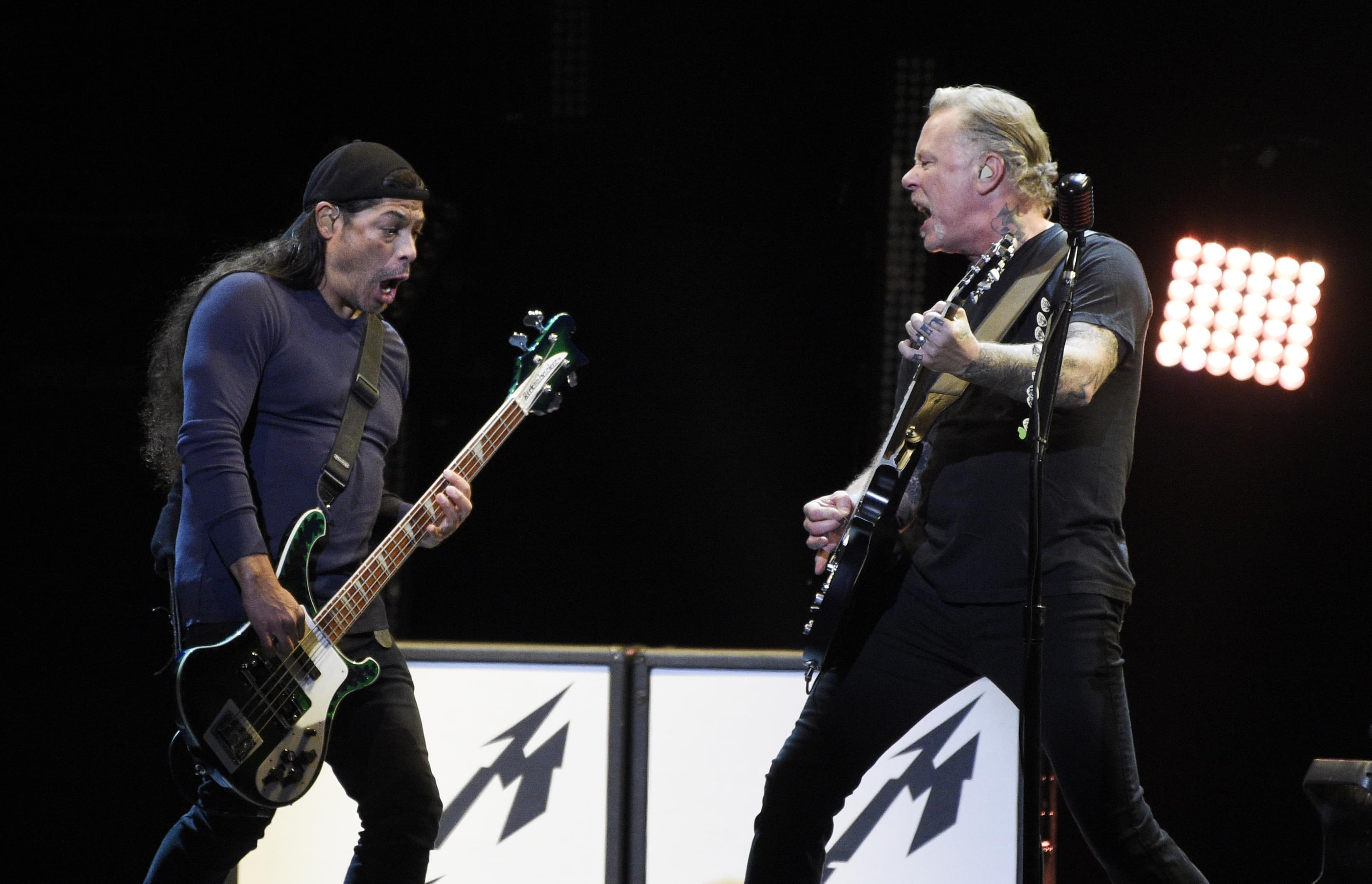 Metallica Officially Unveil S&M2 Music And New Trailer