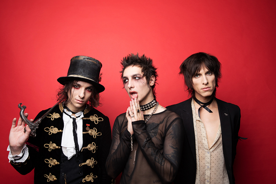 FRANK-O'S NEW MUSIC STASH ON 8/5: PALAYE ROYALE