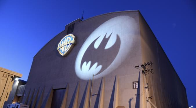 Batman comic sets record! | Kevin Machado |