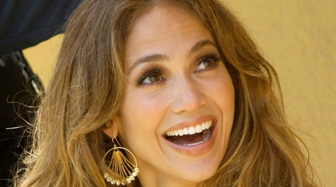JLo and Ben Make Out in Malibu   Donna D  