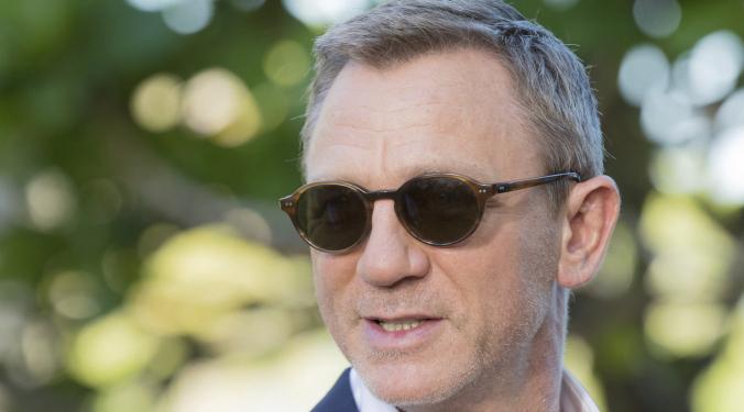 Daniel Craig Worked Hard in Bond | Donna D |