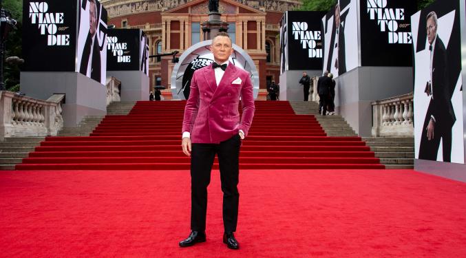 Bond Bound for Hollywood   Cindy Davis  