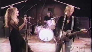 Stevie Nicks & Tom Petty – Stop Draggin' My Heart Around