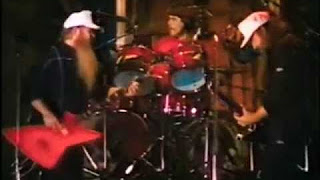 ZZ TOP – TUSH LIVE 1975