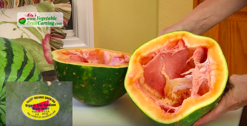 VV10-Dec-23-2019-Heres-What-Happens-When-You-Cut-Open-A-Year-Old-Watermelon[1]
