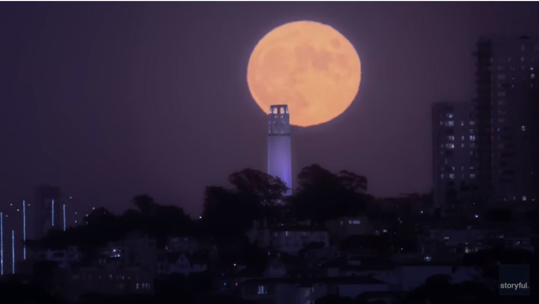 WATCH:Time-lapse Video Captures Stunning Moonrise over San Francisco