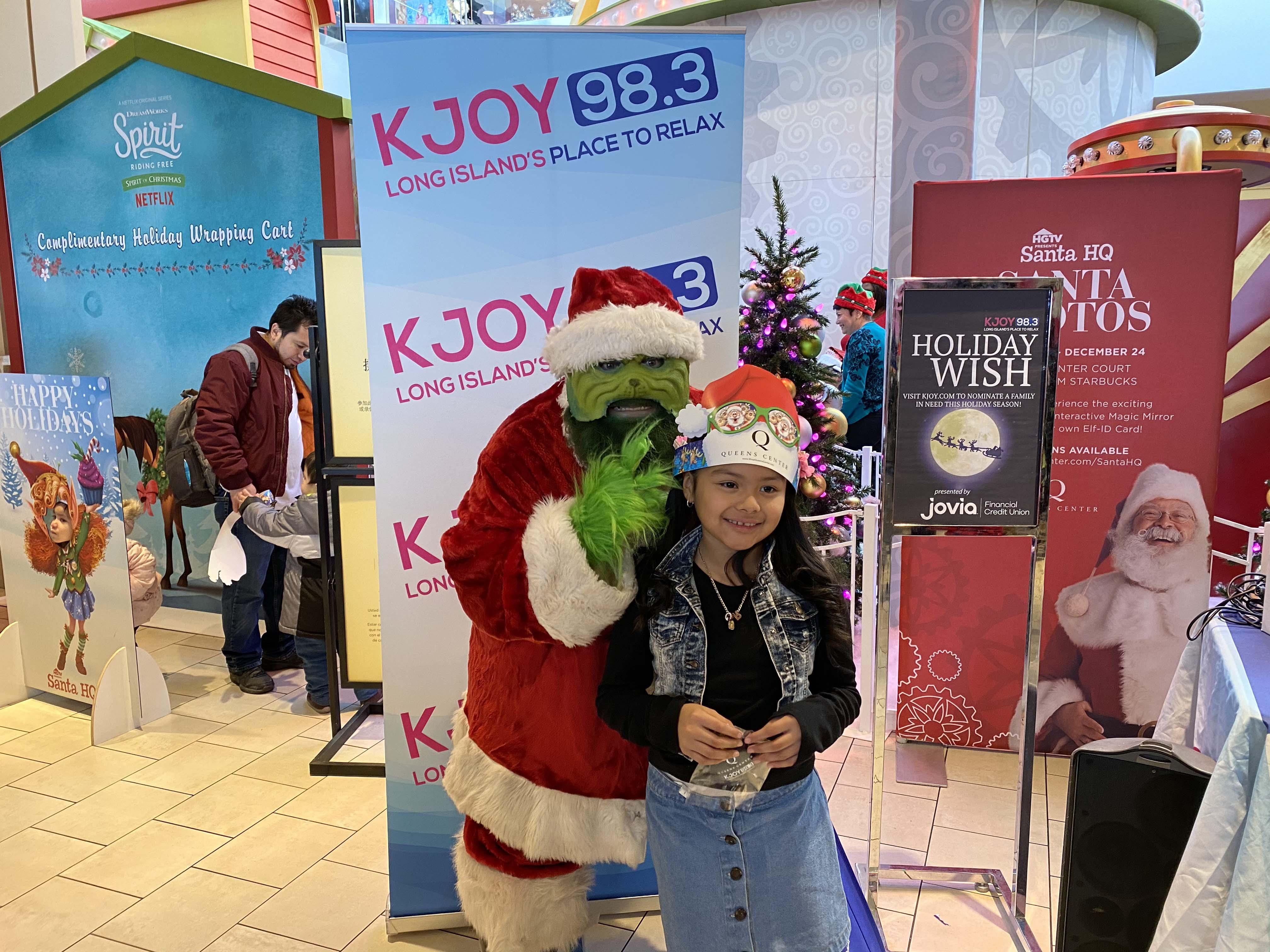 Kara and the Holiday Grump at Queens Center