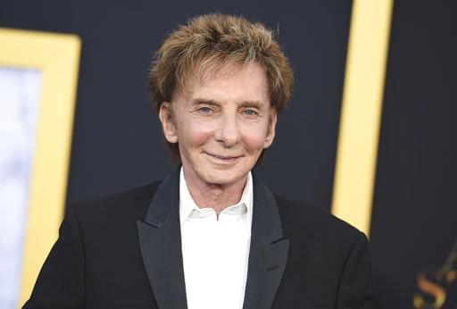 Kara Chats with Barry Manilow!