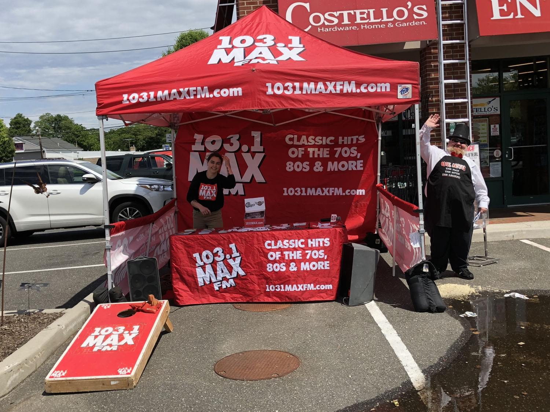 103.1 MAX FM at Costello's Ace
