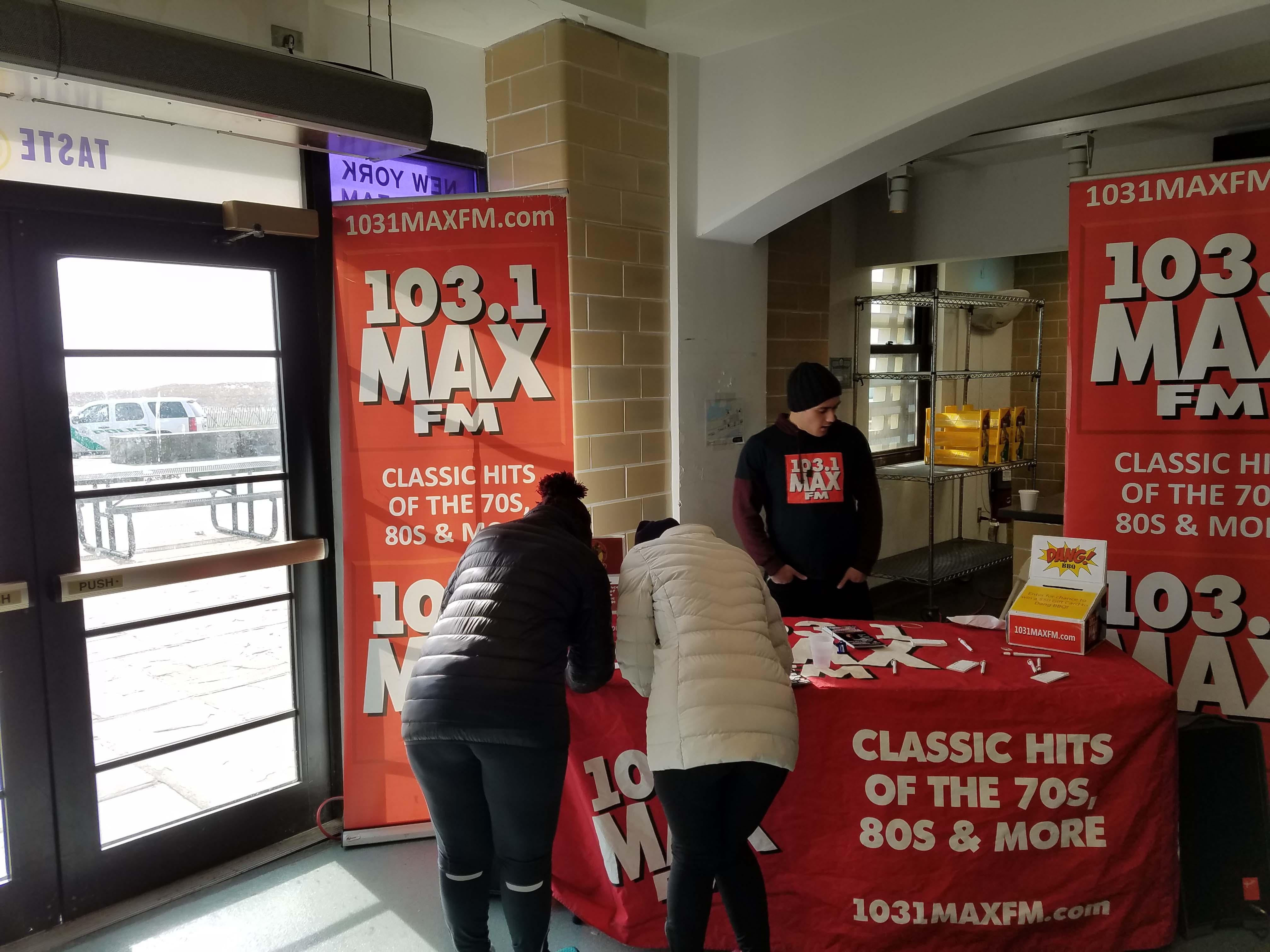 103.1 MAX FM at NY Winter Run Series