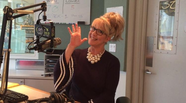 60 Seconds Behind the Scenes- Karen Thomas is Anna's guest co-host!