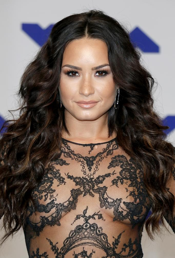 Demi Lovato Says Goodbye To Dieting