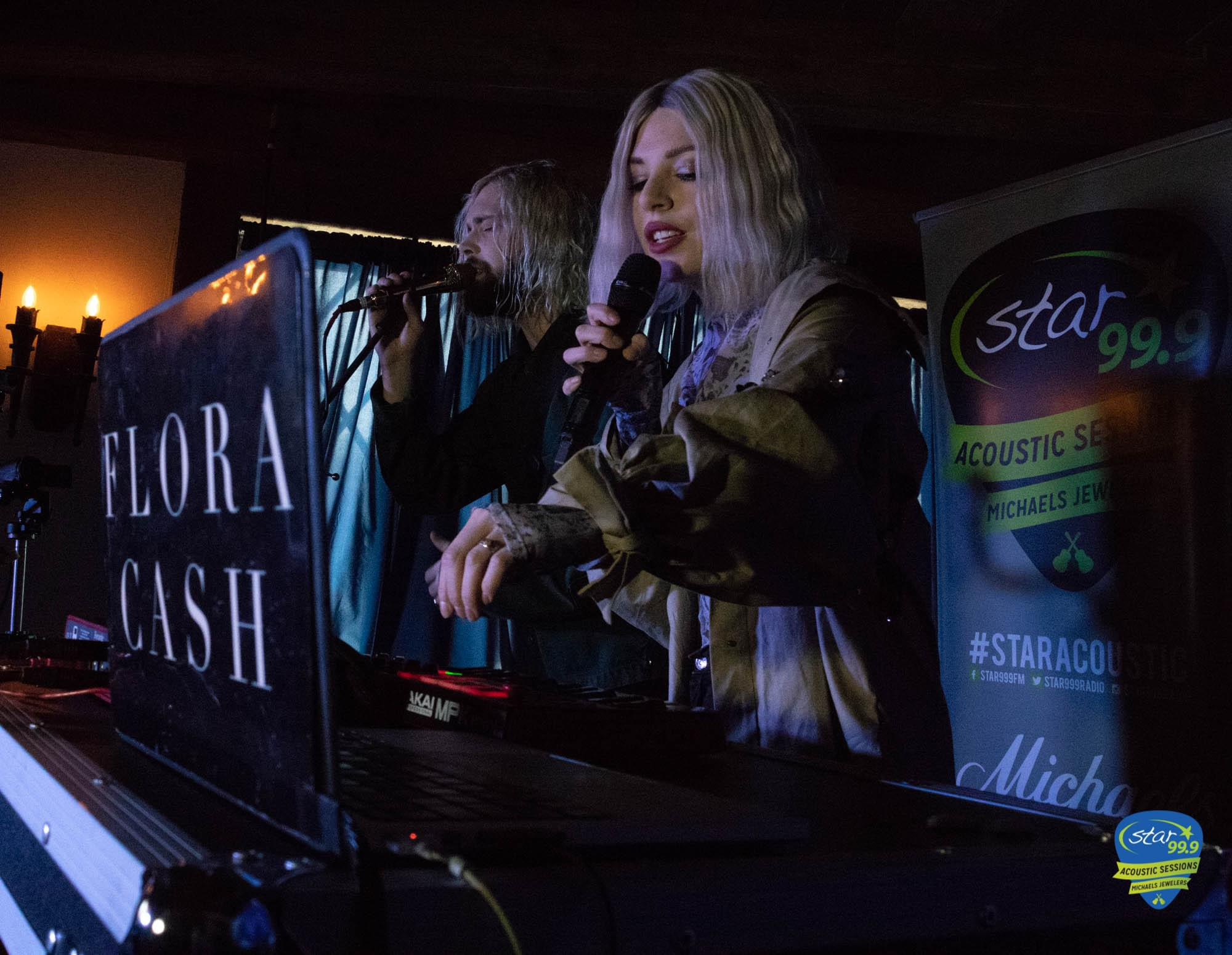 Star 99.9 Michaels Jewelers Acoustic Session with Flora Cash Pictures