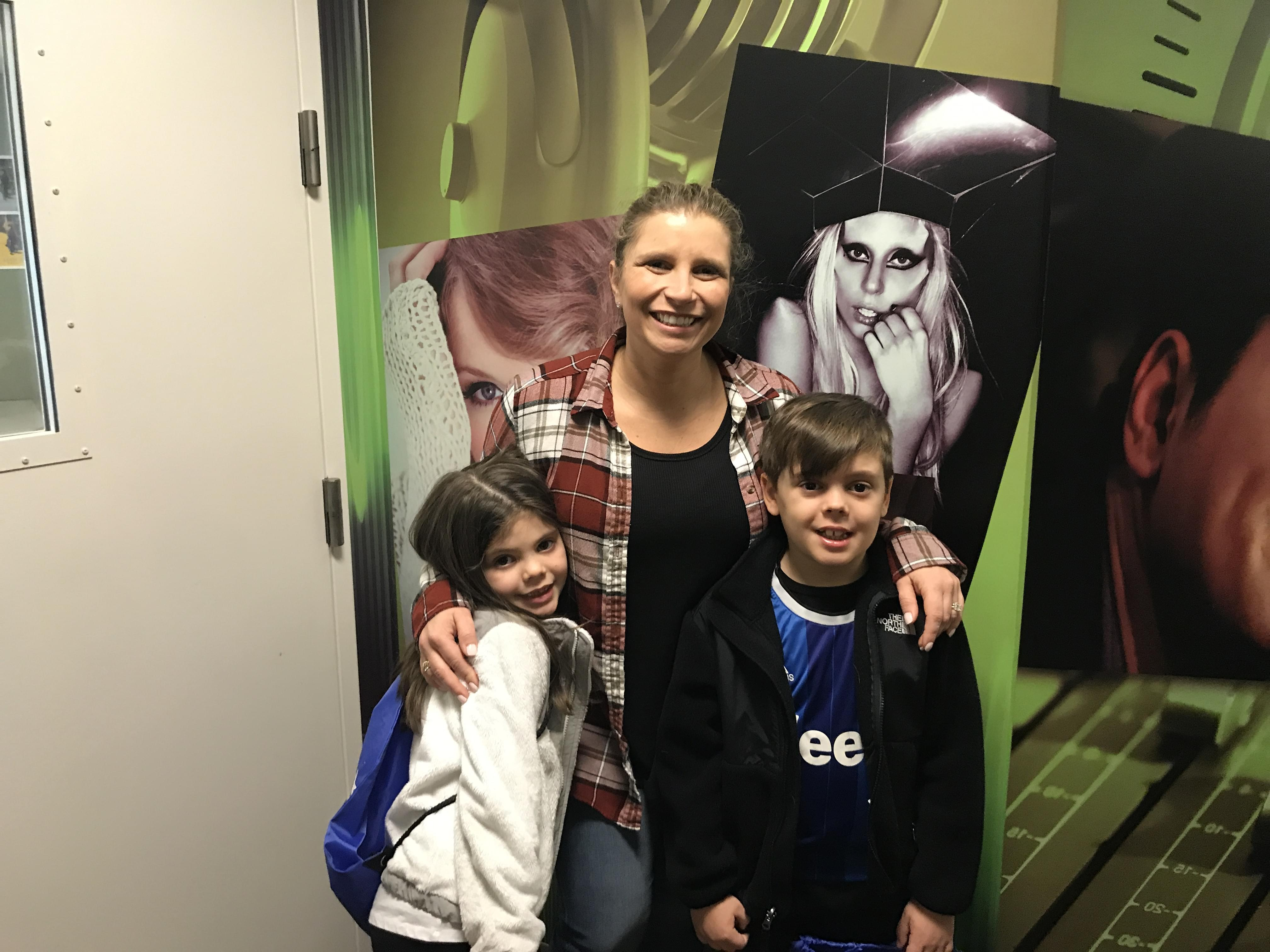 60 Seconds Behind the Scenes- Anna's nieces and nephew from Texas!