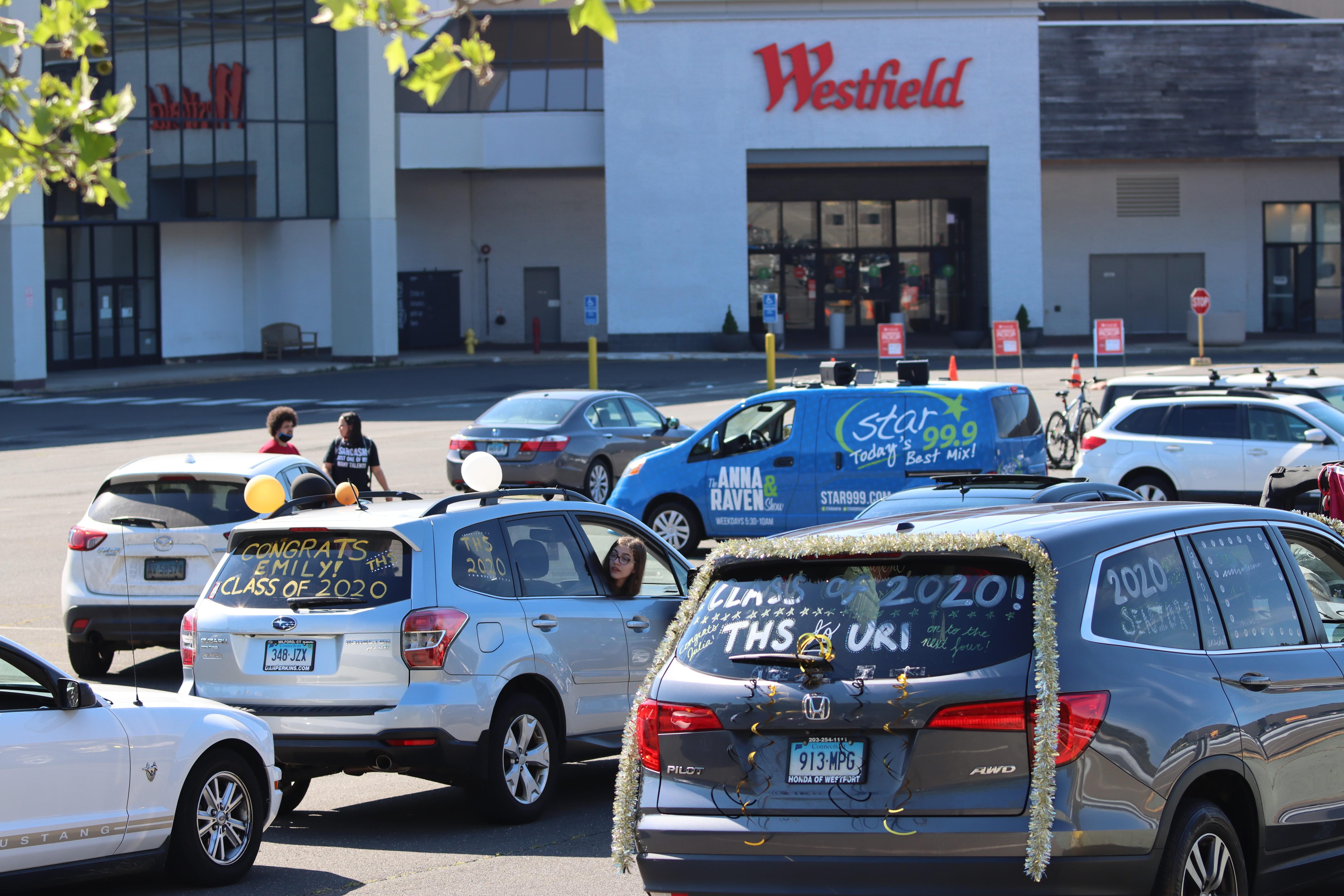 Trumbull High School Class of 2020 Car Parade