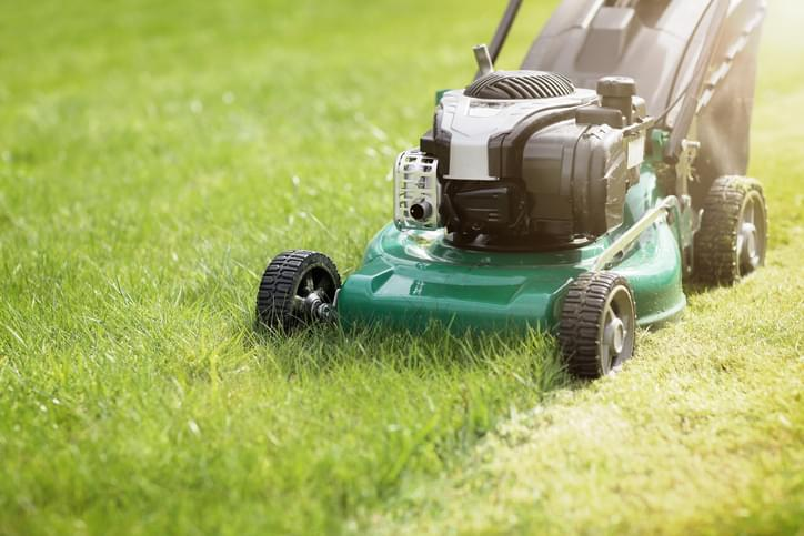 Tell Me Something Good: Guy Who Lost His Job Is Mowing Senior's Lawns For Free