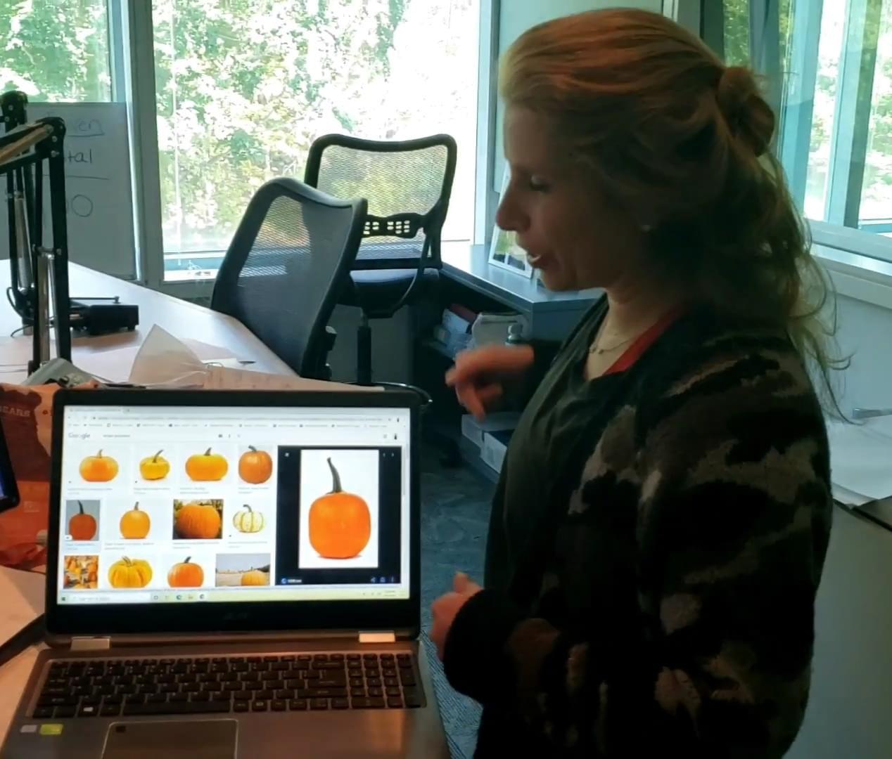 Anna The Pumpkinologist