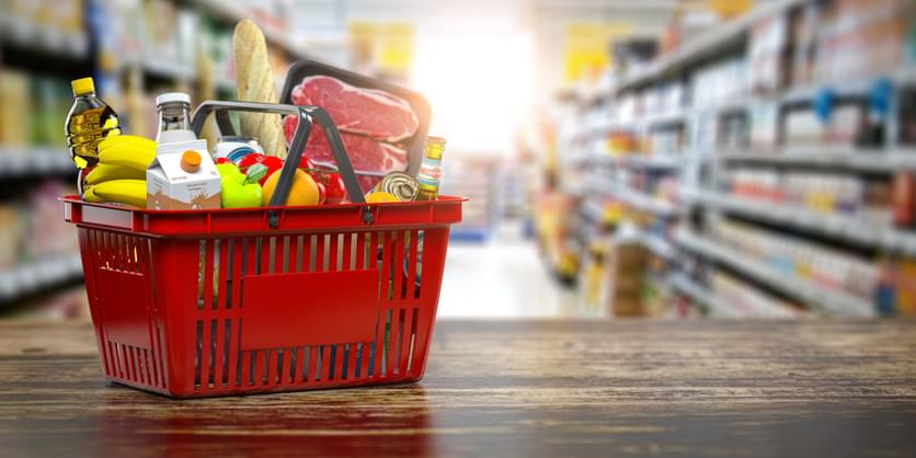 TELL ME SOMETHING GOOD: Guy Spends $5,000 To Buy Random People Groceries