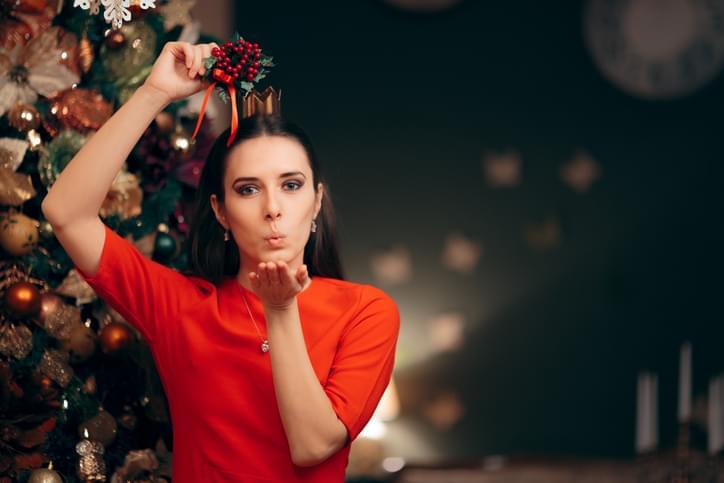 MUNDANE MYSTERIES: Why do we hang mistletoe in the house for Christmas?