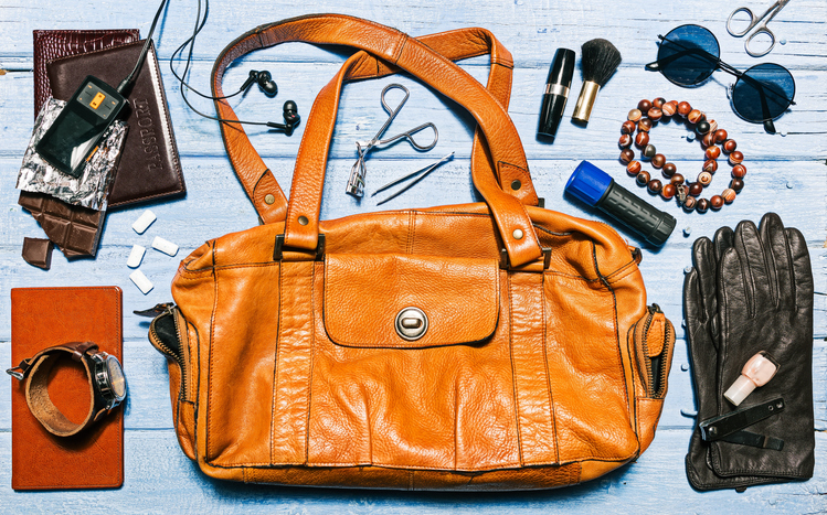 I SHOULD HAVE KNOWN THAT! 13% of women always carry this in their purse. What is it?