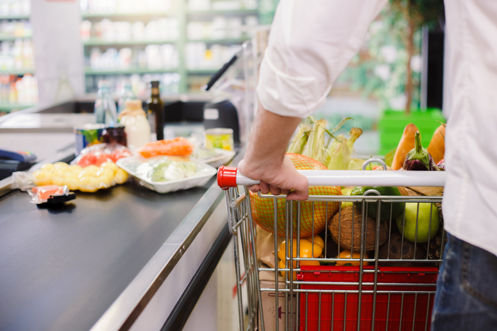 I SHOULD HAVE KNOWN THAT! 89% of people think THIS is the rudest thing you can do at the grocery store