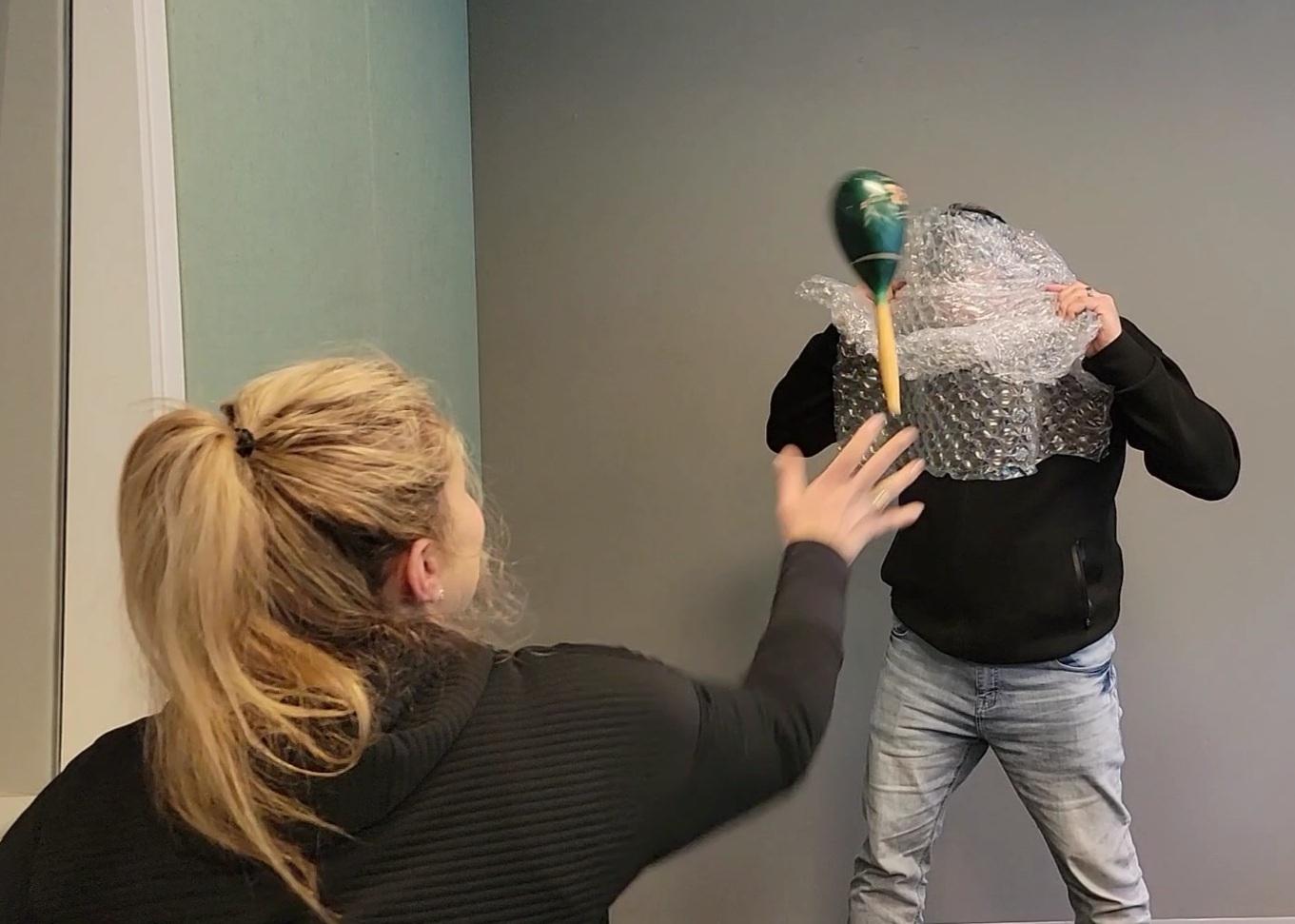 Anna & Raven Put Bubble Wrap To The Test