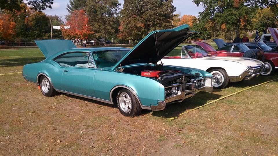 AJ's Car of the Day 1967 Oldsmobile Delta Custom Hardtop
