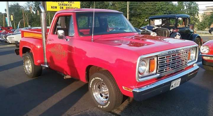"""AJ's Car of the Day: 1978 Dodge """"Lil"""" Red Express Pickup"""