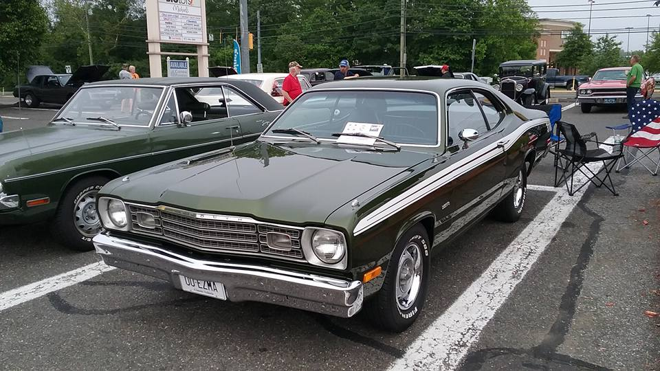 AJ's Car of the Day: 1973 Plymouth 318 Duster