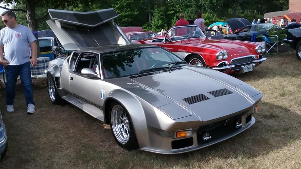 """AJ's """"Badass Friday"""" Car of the Day: 1972 De Tomaso Pantera GTS"""