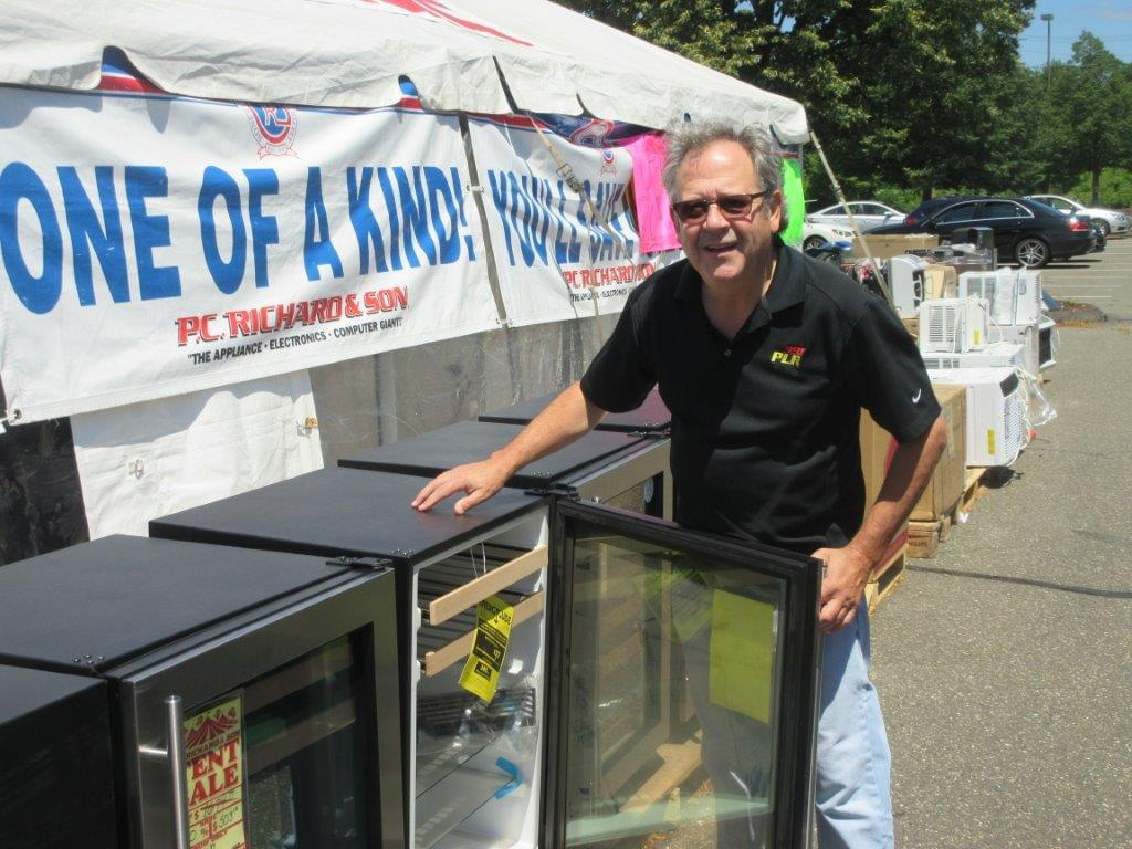 Lappy at PC Richard and Son North Haven Tent Sale