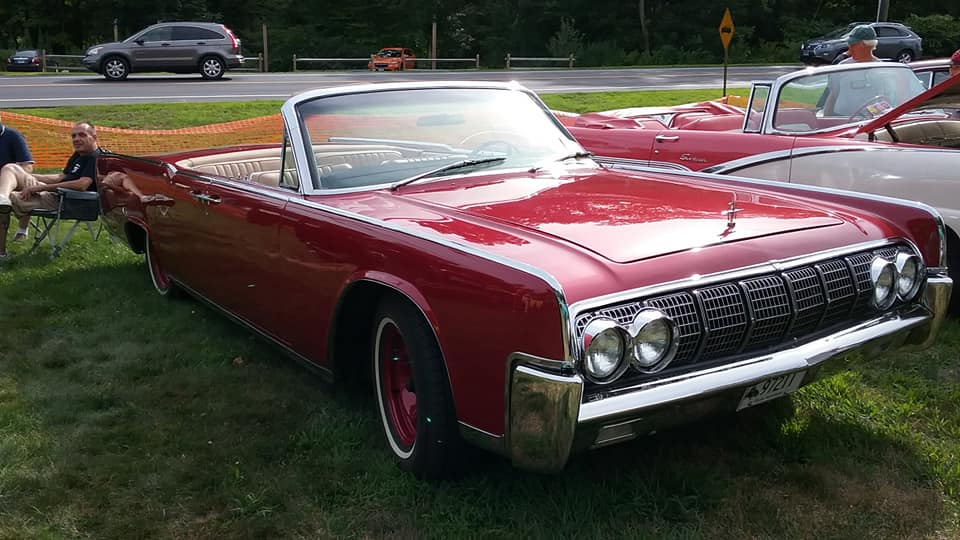 AJ's Car of the Day: 1964 Lincoln Continental 4-Door Convertible