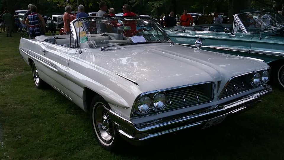 AJ's Car of the Day: 1961 Pontiac Catalina Convertible