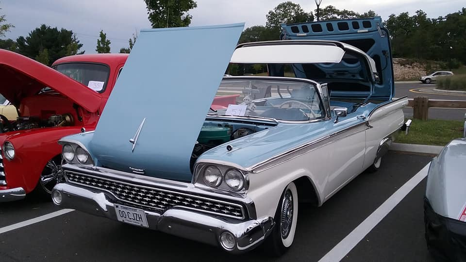AJ's Car of the Day: 1959 Ford Galaxie Skyliner Retractable Hardtop