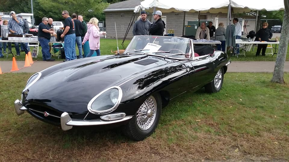 AJ's Car of the Day: 1964 Jaguar XK-E Convertible