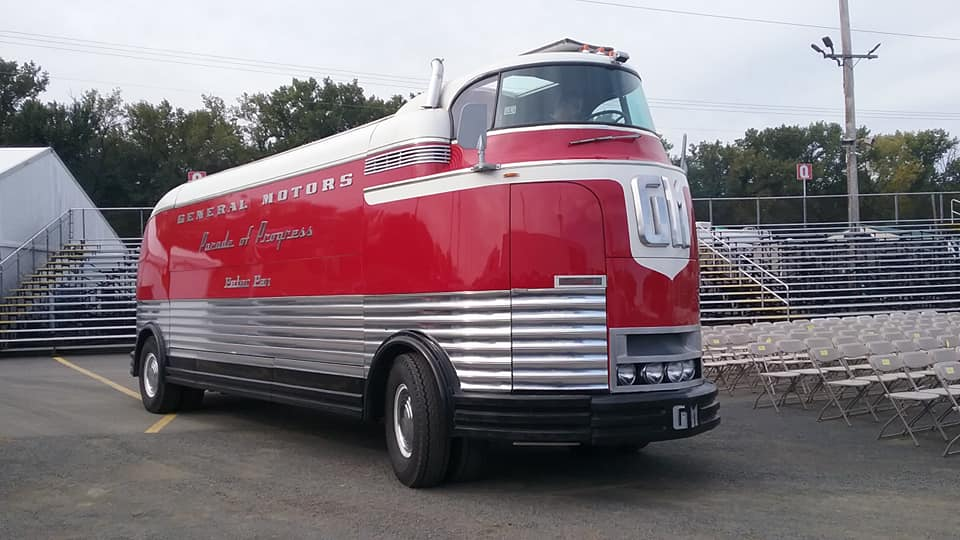 AJ's Car of the Day: 1939 GM Futurliner Promotional Vehicle