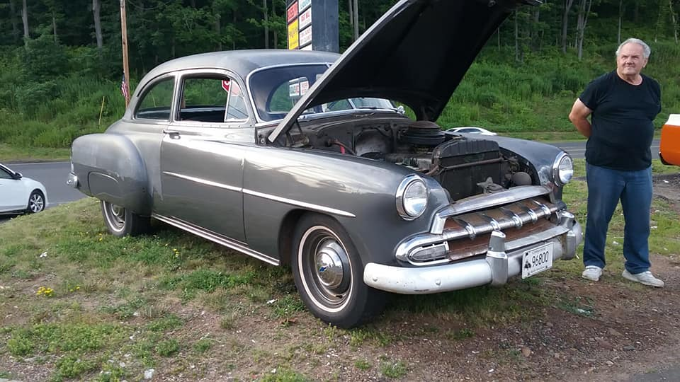 AJ's Car of the Day: 1952 Chevrolet Deluxe Coupe