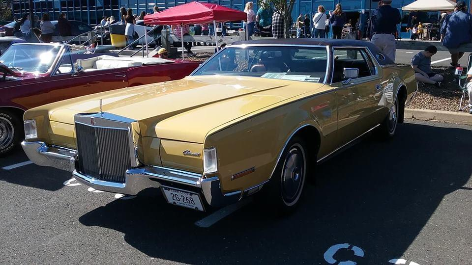 AJ's Car of the Day: 1972 Lincoln Continental Mark IV