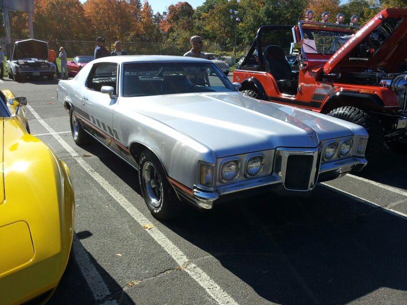 AJ's Car of the Day: 1969 Pontiac Grand Prix