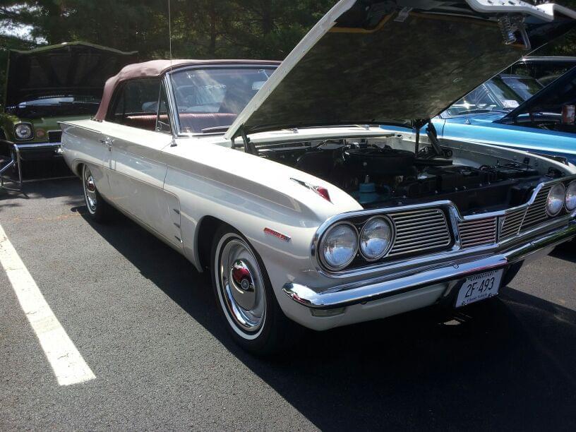 AJ's Car of the Day: 1962 Pontiac Tempest Lemans Convertible