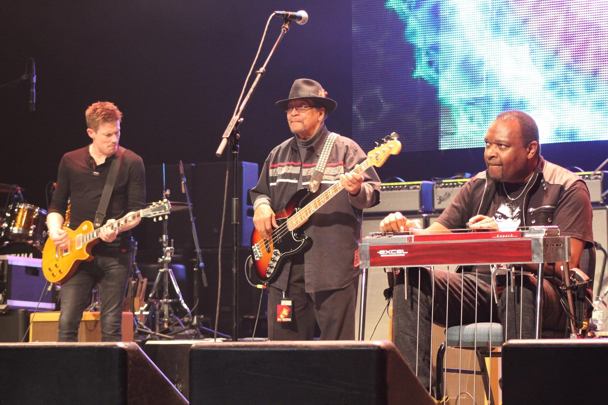 Experience Hendrix at Toyota Oakdale Theatre (photos by Drew Carrano)