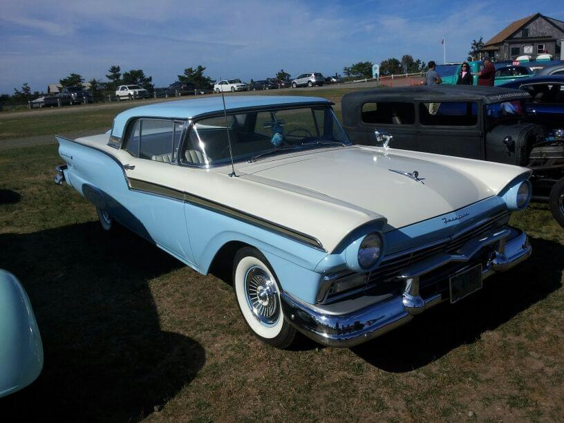 AJ's Car of the Day: 1957  Ford Fairlane 500 Skyliner Retractable Hardtop