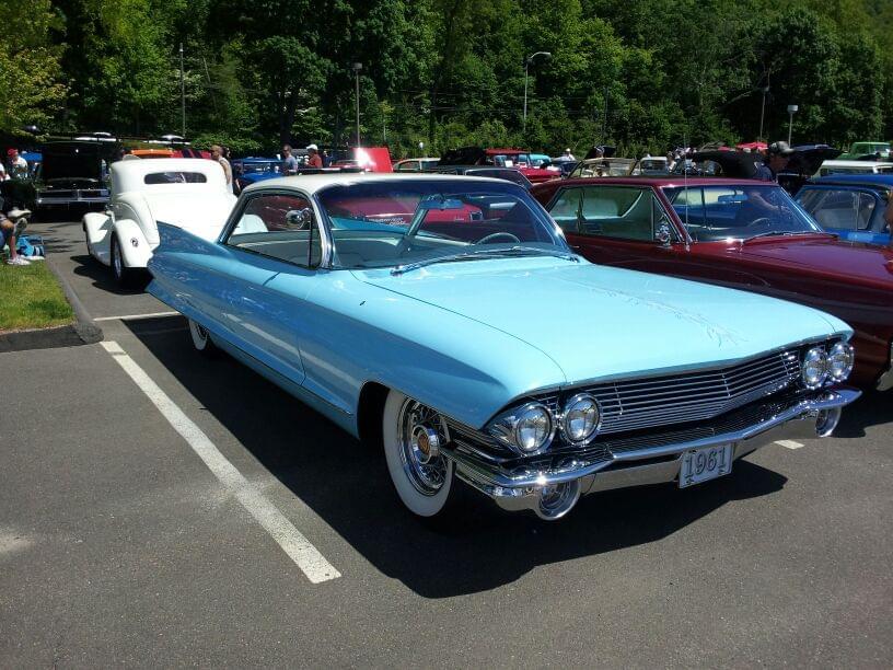 AJ's Car of the Day: 1961 Cadillac Coupe De Ville
