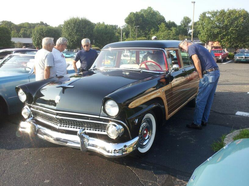 AJ's Car of the Day: 1955  Ford Fairlane Country Squire Station Wagon