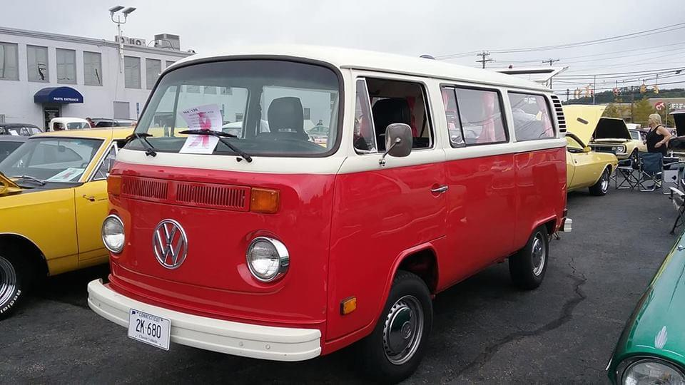 AJ's Car of the Day: 1975 Volkswagen Type 2 ( Bus )